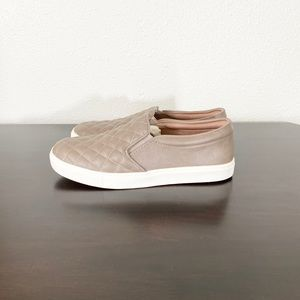 3/$20 A New Day Quilted Taupe Slip Ons Size 8.5